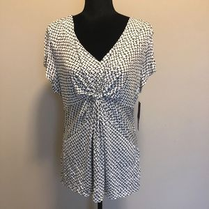 NWT - Daisy Fuentes Flutter Sleeve Knot Top, XL